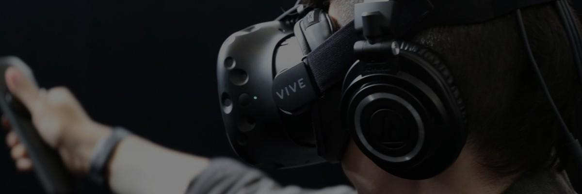 倪爽。VR UI 界面设计